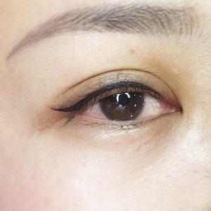 viktoria-logoida-occhi-eyeliner-grafico-03